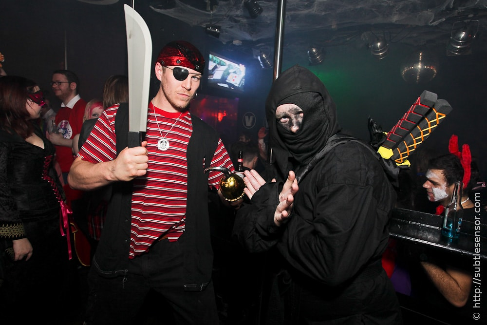 Pirate versus Ninja Halloween costumes