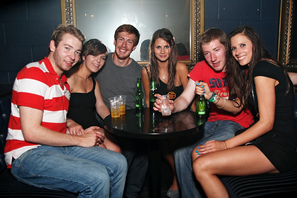 Nightclub photography tutorial example image 16